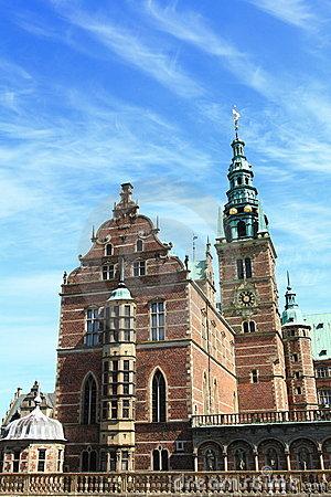 castello-di-frederiksborg-19869175
